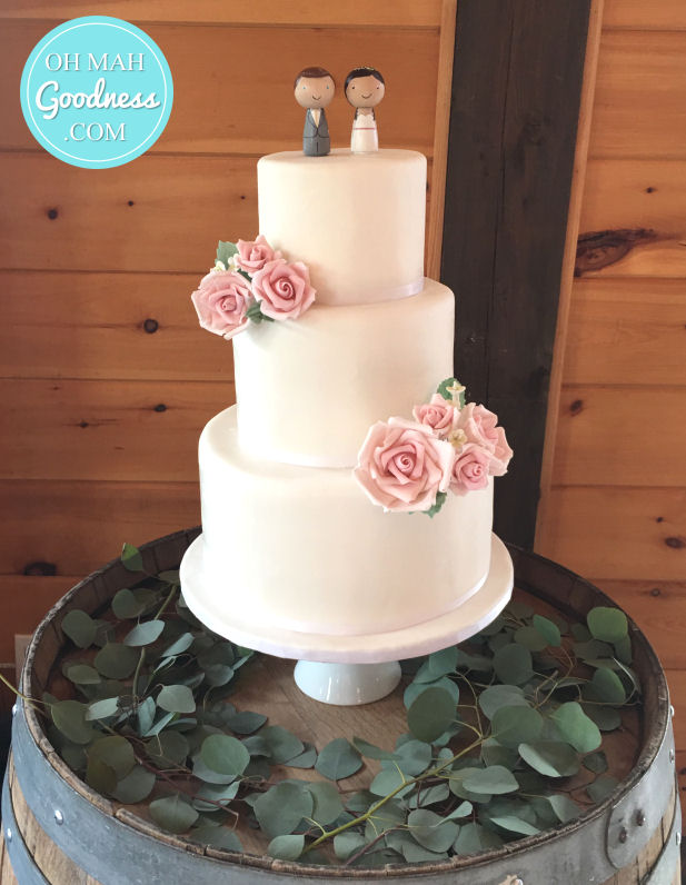 Vineyard wedding cake with roses: Toronto custom cake, Toronto wedding cake