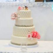 Puppy love wedding cake: Toronto custom cake, Toronto wedding cake
