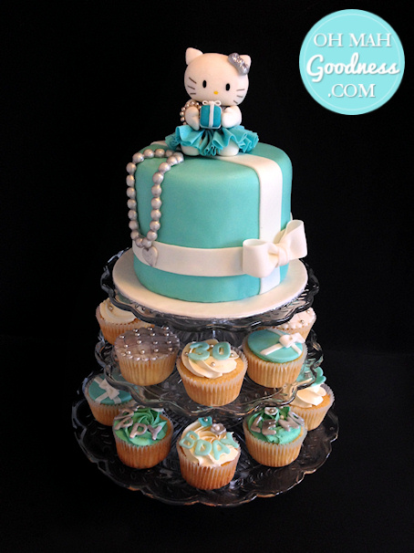 Hello Kitty Tiffany cake